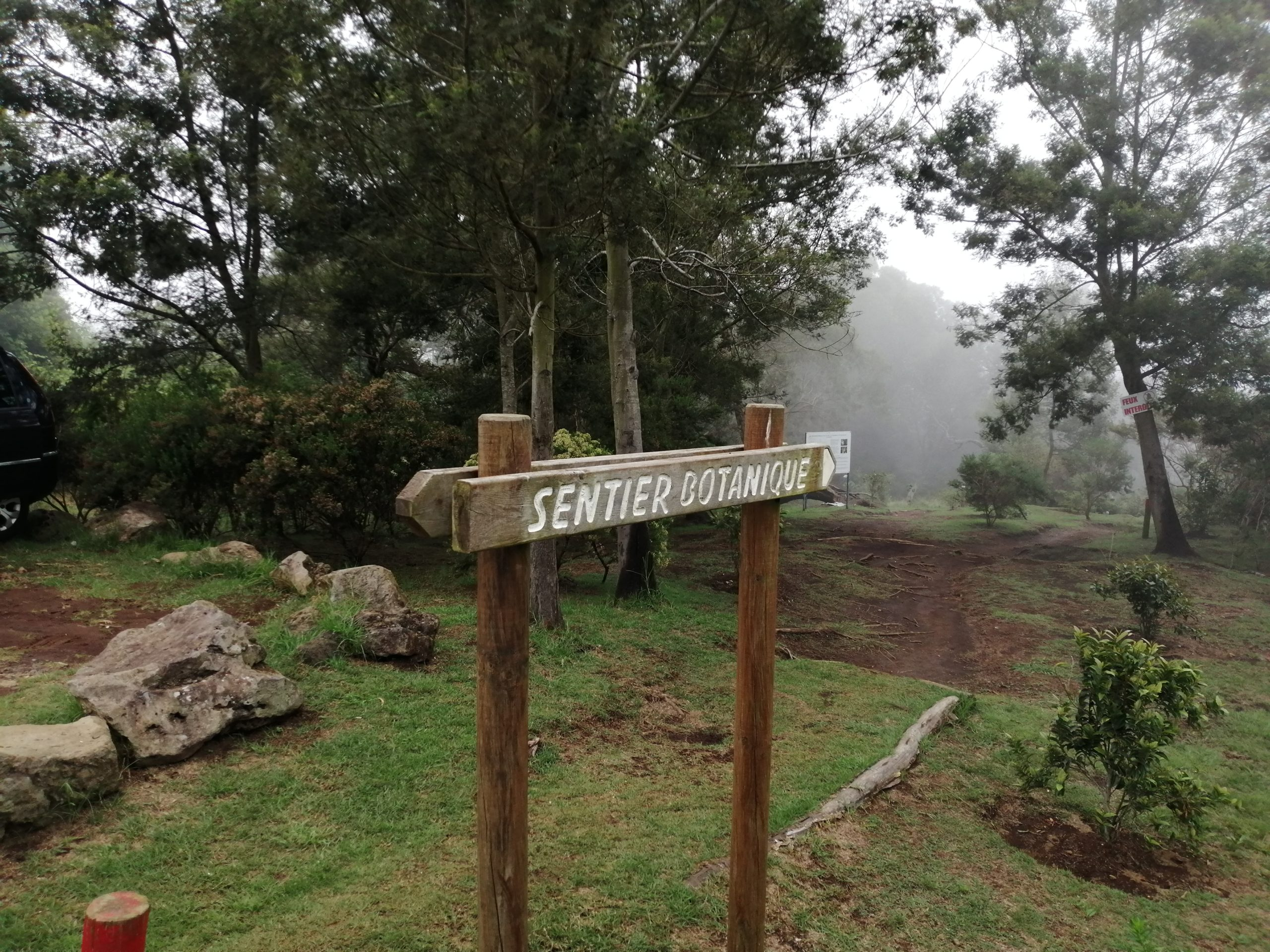 Début sentier botanique de la Ravine blanche - le départ